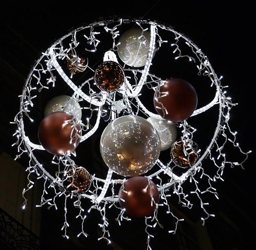 Illuminations - Lustres de la Rue des Gras