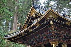 Koro (jpellgen) Tags: november autumn tower fall grave japan japanese nikon gate shrine asia drum tomb mausoleum  nippon nikko nikkor shinto 2009 nihon tochigi kanto koro  tokugawa d40  taiyuin tokugawaiemitsu
