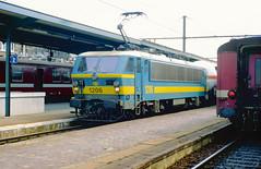 PICT0391 (Laufbe) Tags: train tsp stoom pft nmbs electrique vapeur sncb guillemins