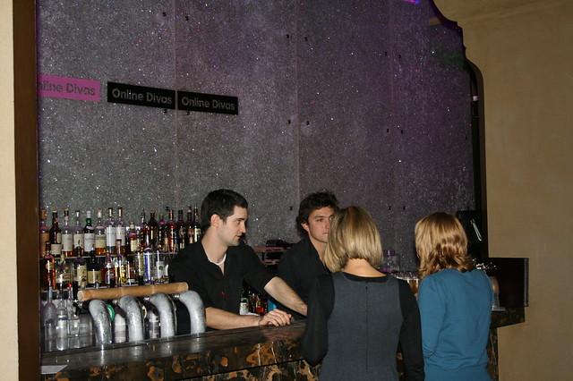 Sydney Online Divas Crystal Bar by hollieturner