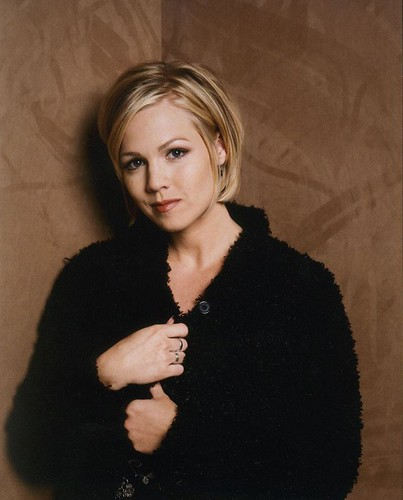And I especially loved Jennie Garth, who played Kelly Taylor on the show.