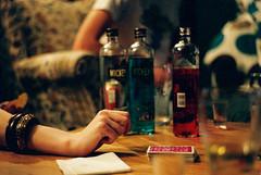 mickey (daveyp.) Tags: playing game film 35mm cards 50mm asahi pentax drinking mickey alcohol f2 rgb finns p3