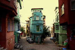 (nilgun erzik) Tags: istanbul fenerbalat sokaklar fotografkraathanesi fotografca sonbaharadogru biyerlerde eylul2009