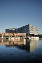 24 october (arq.lmonteiro) Tags: sky building water amsterdam thewhale sigma1770mm sonya300