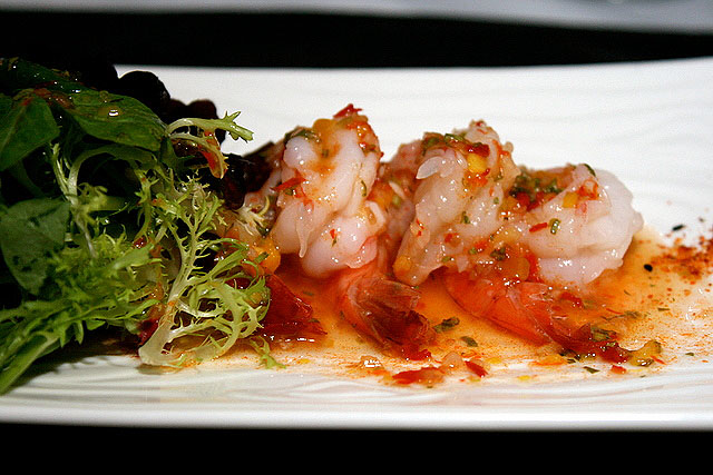 Appetiser of shrimp salad with Thai-style chili dressing