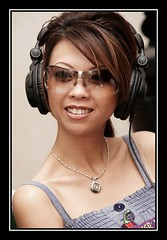 radio talk show (Liz Lieu) Tags: sunglasses ipod morocco pokertournament lizlieu thepokerdiva liveradioshow propokerplayer chilipokercom chilipokerambassador wptmarrakech huguesdeffournaisephotography specialeditionphotos