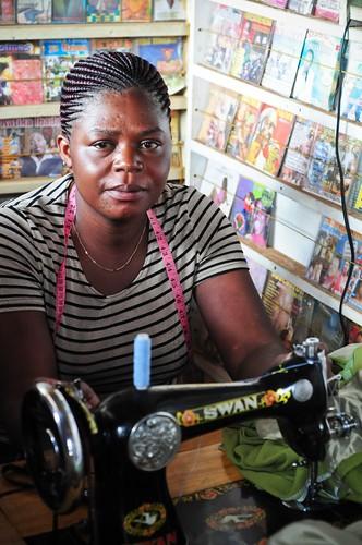 Lomoro - Kibera Slum - Michael Nyangi - June '09 - 34