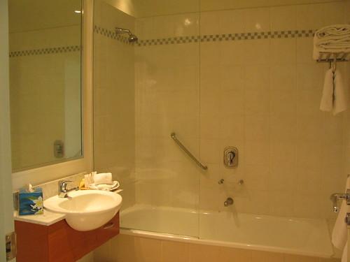 Bathrom in my Hotel Room