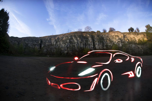 04_ferrari-light-graffiti