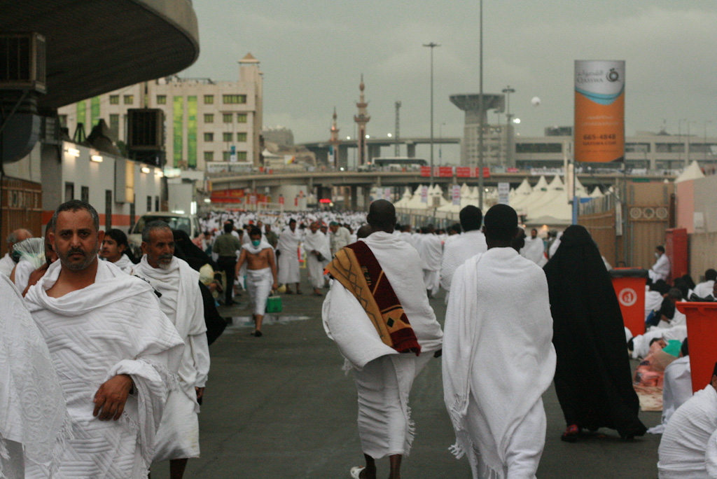 4134561174 bb1d4c00c0 o Hajj, Pilgrimage to Mecca when Millions Worship in Unison [49 Pics]