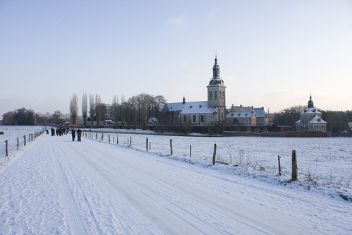 De Abdij van 't Park in de sneeuw