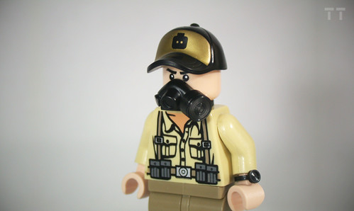 Custom minifig Tiny Tactical New Gasmask and Watch