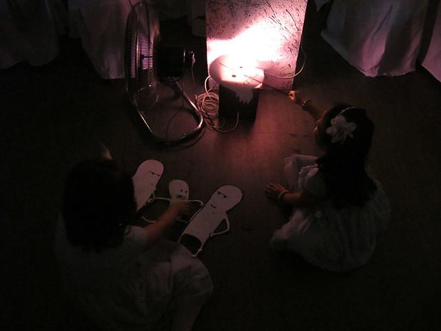 manix-melay wedding-kids playing