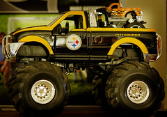 Day 24 of Project 50 (mksppm) Tags: truck steelers project50 twittographers