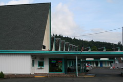 IMG_4613 (mudsharkalex) Tags: oregon aframe ricehill ranchmotel