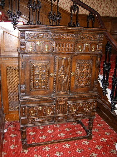 Oatlands Park Hotel - old historic cabinet