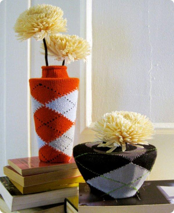 Design Sponge DIY tutorial - argyle sock vases