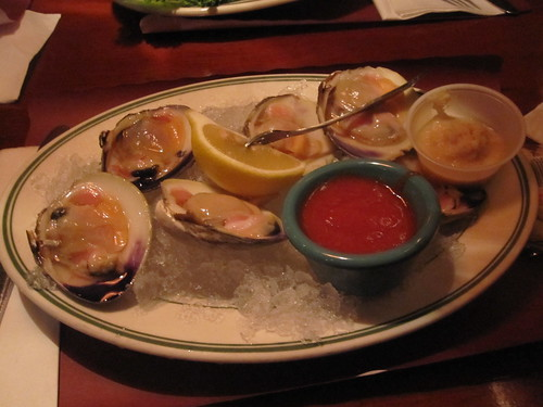 6 cherry stone clams with the works