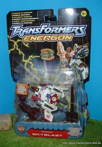 Skyblast Energon Omnicons Transformers 001