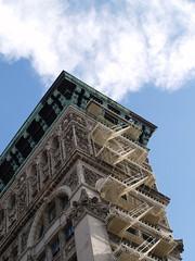 Exit Stairs (enriqueburgosgarcia) Tags: newyorkcity usa newyork building clouds manhattan edificio nubes exitstairs