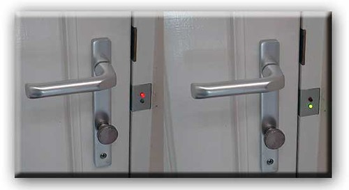 LED Door Lock Status Indicator Hack
