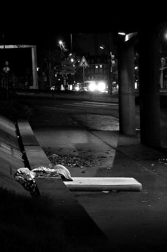 Nuit - dormir sous les ponts
