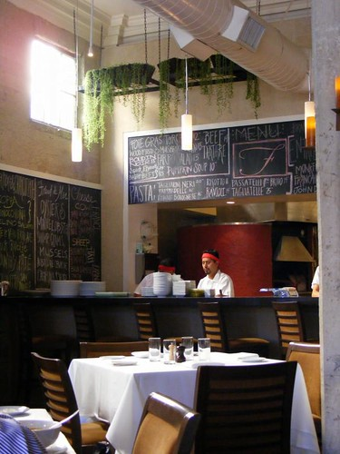 dining room at fraiche