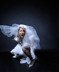 Anti-bride: the scream (DaizyB) Tags: fashion marilyn radio bride cool model nikon dress sigma scream 1020mm softbox soe trigger primal d300 strobist 400w antibride lightrein studio4fun
