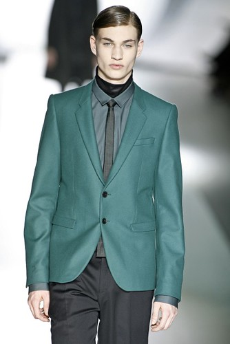Johannes Linder318_FW09_Berlin_JOOP(first VIEW)