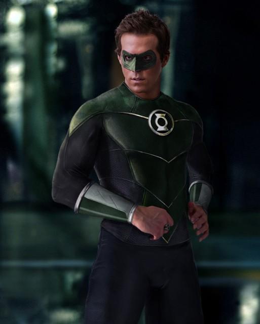 Ryan Reynolds y su traje de Linterna Verde