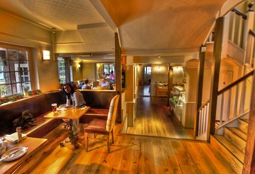 Persy Arms Pub, Chilworth