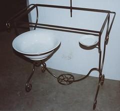 arre7 (Brinci Arte nel Ferro) Tags: mano cancelli ferro letti tavoli lampade artigianale battuto appendiabiti ringhiere recinzioni arredobagno