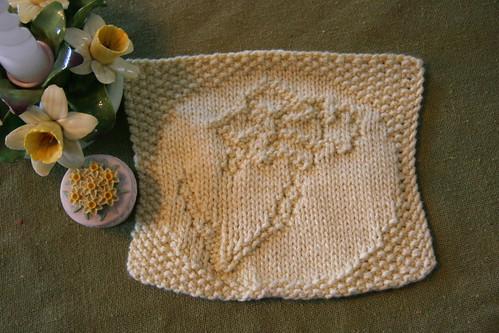 daffodil cloth
