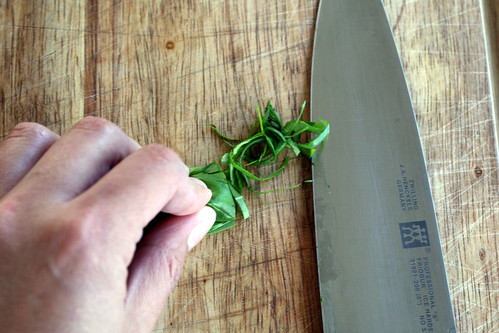 basil chiffonade, how to