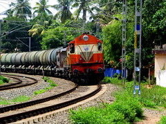 Banking the curve..... (Jay fotografia) Tags: railroad india trains kerala greenery freight locomotives alco indianrailways irfca kappil diesellocomotives wdm2 jayasankarmadhavadas