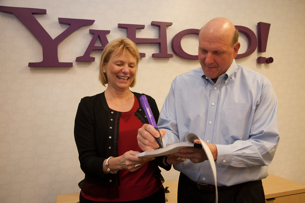 Yahoo Microsoft signature