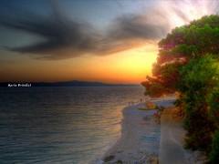 Croazia - Tramonto a Punta Igrane (HDR) (explore) (Marioleona) Tags: sunset reflections landscape tramonto gulf croatia paisaje mario riflessi croazia paesaggio landschap dalmatia makarska igrane dalmazia mariobrindisi