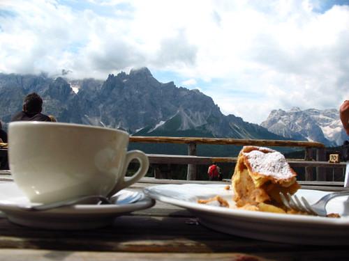 montagna, cappuccino, strudel, vacanze, percezione creativa