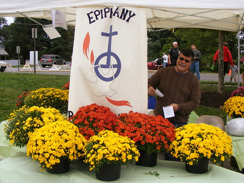 Epiphany Lutheran Plant Stand