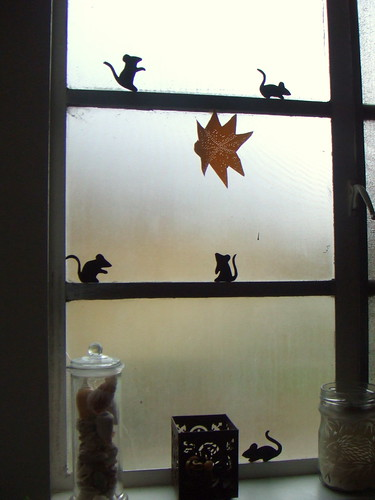 mice in the window