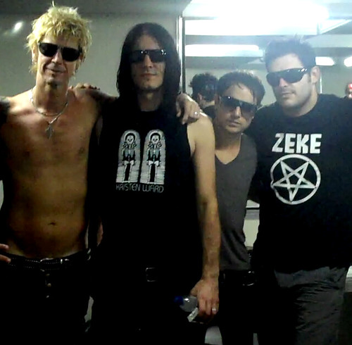Duff McKagan e a anda LOADED
