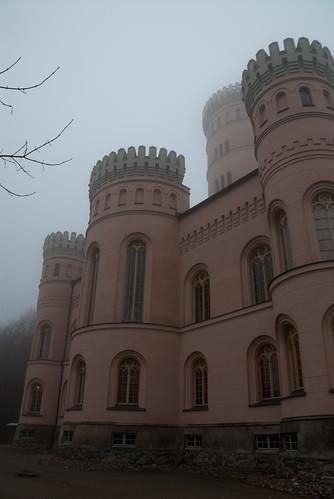 Jagdschloss Granitz im Nebel