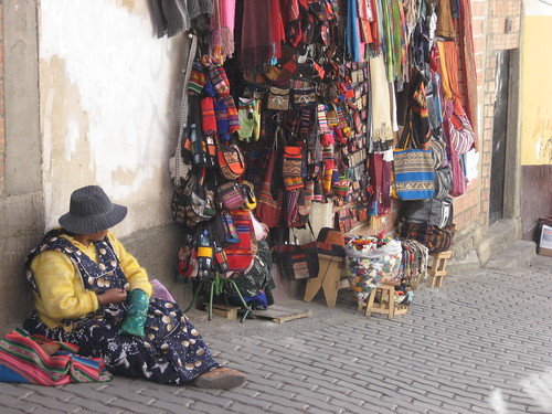 Coca Leaf Reader - Witches Market - La Paz - Bolivia