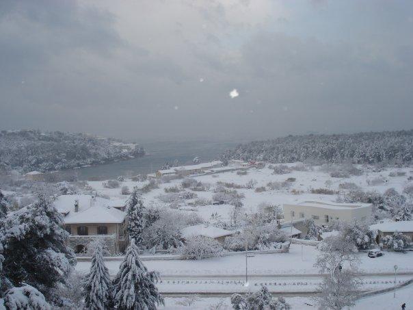 Pulas coastline under snow