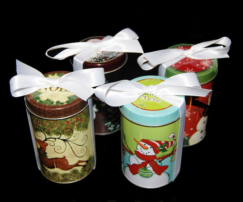Holiday Gift Tins filled with Chocolate Dipped Oreos