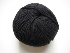 Karabella Aurora 8, black 1148_7157 (countingstitches) Tags: yarn worsted karabella aurora8