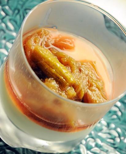 vanilla-rhubarbcompote