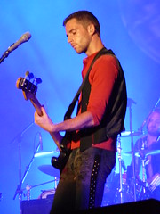 Coldplay - Home Depot Center - July 18, 2009 (starbright31) Tags: coldplay guyberryman