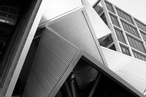 Stata Center, MIT / 20090801.10D.50882.BW / SML (by See-ming Lee 李思明 SML)