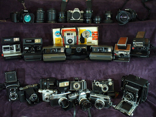 Will the vivitar 285HV flash work with both a bronica etr-s and also a canon 400d?